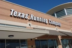 Texas running Co. sideview closeup