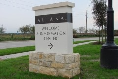 Aliana directional sign