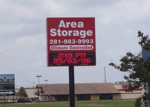 area storage pole sign
